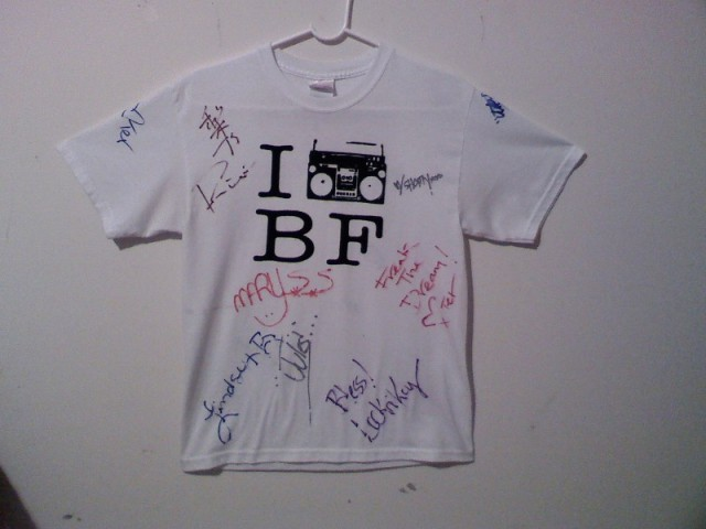 Original 'IBoombox BF' Shirt designed by Bea Martin (Twinkie)